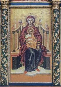 Φωτογραφίες εικόνων που τοποθετήθηκαν στο τέμπλο με τη φροντίδα της Ένωσης Συλλαίων της Έλλάδος και των αδελφών Ευλαμπίας και Άννας Μωυσόγλου. (ο Αρχαγγ. Μιχαήλ, η Θεοτόκος και ο Ιησούς Χριστός)